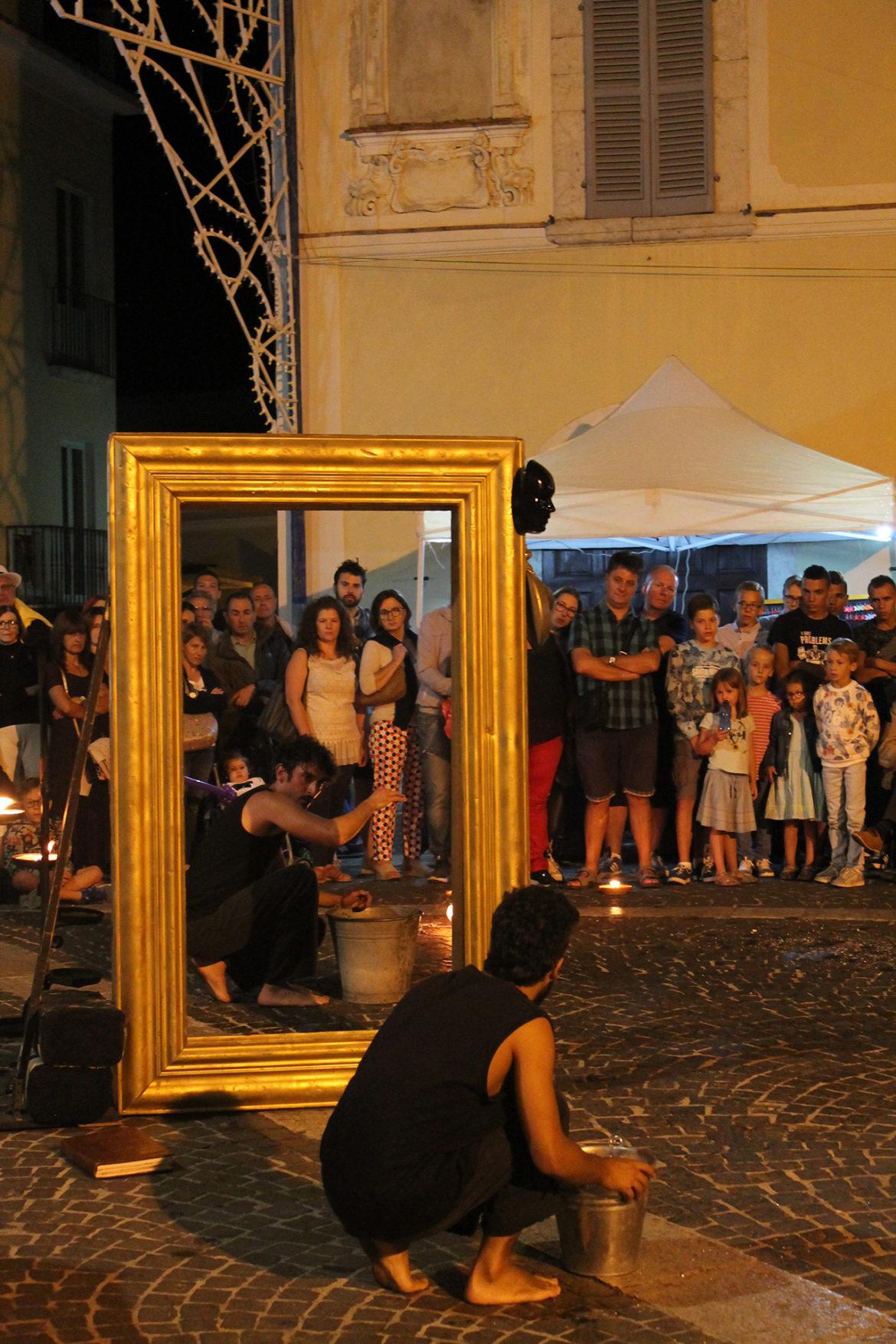 Lo foco oltre lo specchio 10 aedo studio - Oltre lo specchio ...
